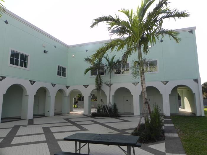 Courtyard of the Islamic Center Of Boca Raton